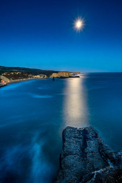 Moonrise at Davenport, California