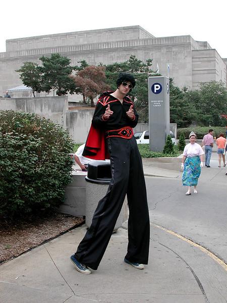 Elvis Parade KC, Mo. 8.10.2001