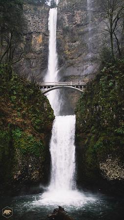 Multnomah-Falls-1002