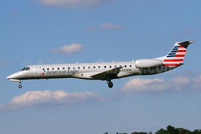 American Eagle (2nd)-Envoy Embraer ERJ 145LR (EMB-145LR) N928AE (msn 14500911) BWI (Brian McDonough). Image: 920154.