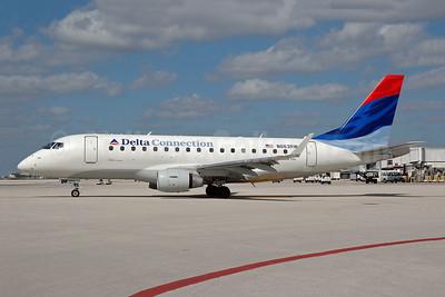 Delta Connection-Shuttle America Embraer ERJ 170-100SE N863RW (msn 17000100) MIA (Bruce Drum). Image: 100401.