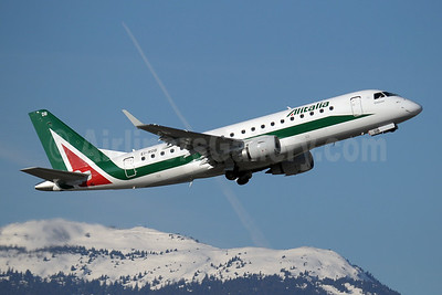 Alitalia CityLiner Embraer ERJ 170-200STD (ERJ 175)  EI-RDB (msn 17000331) GVA (Paul Denton). Image: 907884.