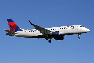 Delta Connection-Shuttle America Embraer ERJ 170-200LR (ERJ 175) N209JQ (msn 17000258) DCA (Brian McDonough). Image: 901928.