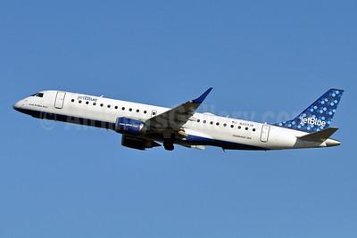 JetBlue Airways Embraer ERJ 190-100 IGW N203JB (msn 19000023) (Bubbles) JFK (Stephen Tornblom). Image: 909493.