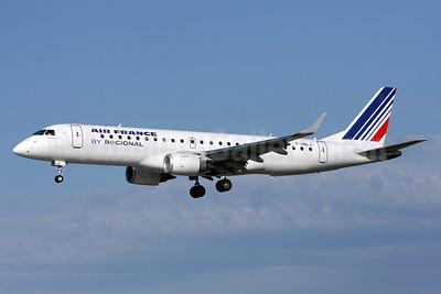 Air France (Regional Compagnie Aerienne Europeenne) Embraer ERJ 190-100LR F-HBLJ (msn 19000311) ZRH (Andi Hiltl). Image: 911975.