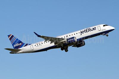 JetBlue Airways Embraer ERJ 190-100 IGW N348JB (msn 19000511) (Barcode) YYZ (Keith Burton). Image: 910884.