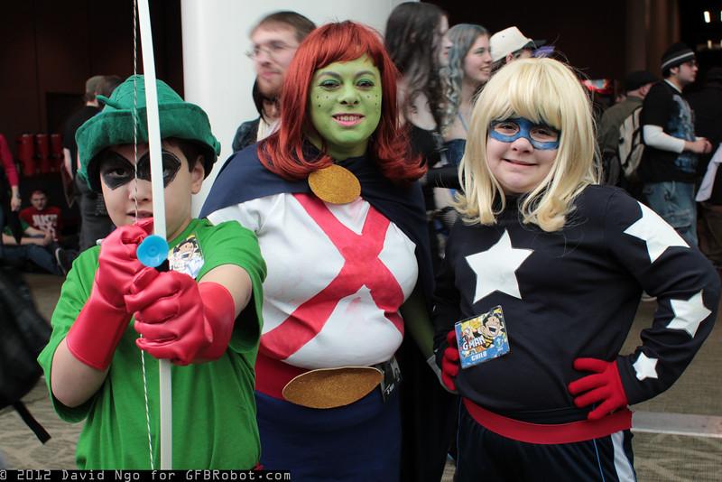 Green Arrow, Miss Martian, and Stargirl