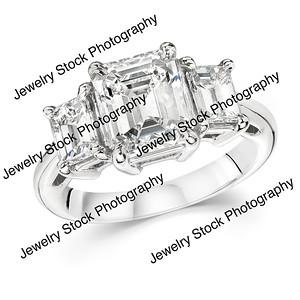 3 Stone Emerald Diamond Ring