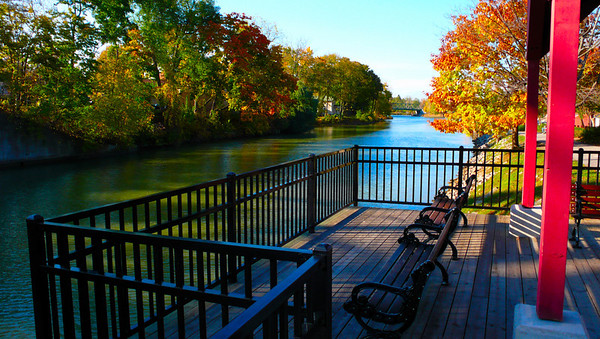 Fall colors on the canal. Erie Canal - Pittsford, NY. Copyright © 2007 Alex Emes