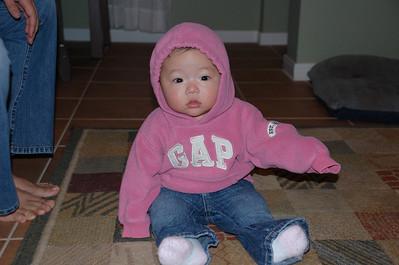 11-24-07 GAP Girl_09