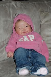 11-24-07 GAP Girl_23