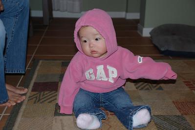 11-24-07 GAP Girl_08