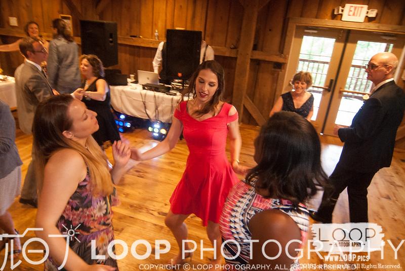 18_LOOP_E&D_Wedding_LowRes_557