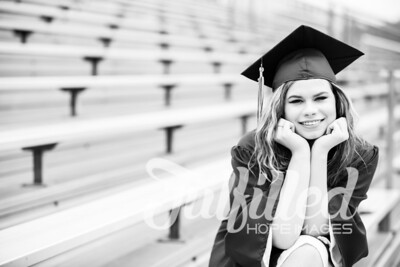 Emily Reed Cap and Gown Session (40)