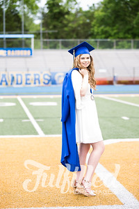 Emily Reed Cap and Gown Session (34)