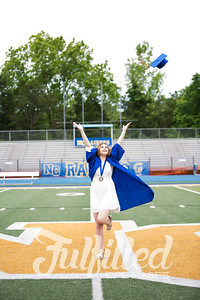 Emily Reed Cap and Gown Session (23)