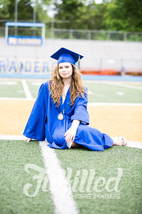Emily Reed Cap and Gown Session (6)
