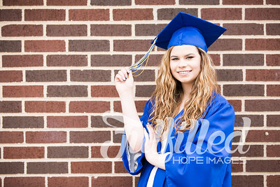 Emily Reed Cap and Gown Session (44)