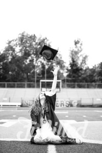 Emily Reed Cap and Gown Session (18)