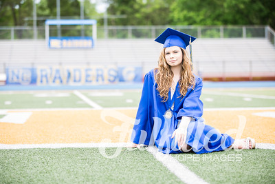 Emily Reed Cap and Gown Session (7)