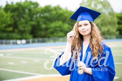 Emily Reed Cap and Gown Session (28)