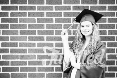 Emily Reed Cap and Gown Session (45)