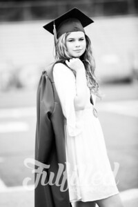 Emily Reed Cap and Gown Session (32)