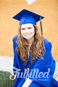 Emily Reed Cap and Gown Session (9)