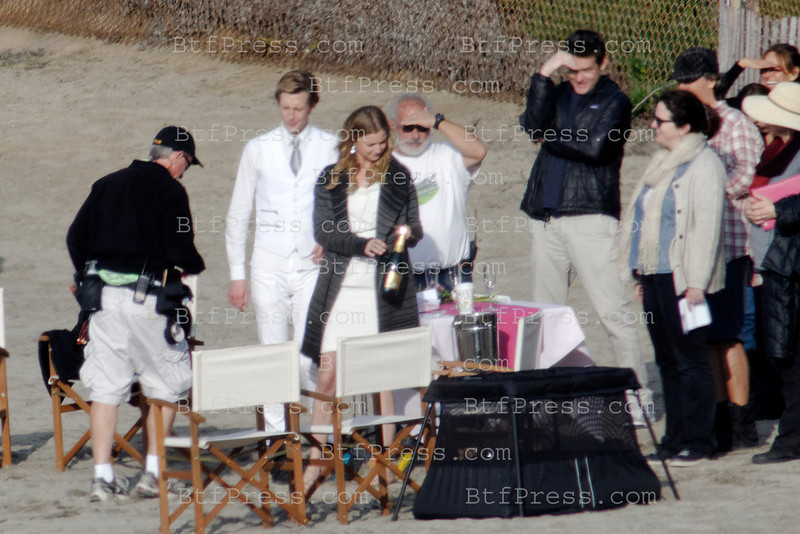 Exclusive___Wedding on the beach during the set of Revenge in Redondo beach,California