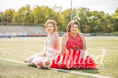 Emily and Madi Reed Homecoming 2017 (1)