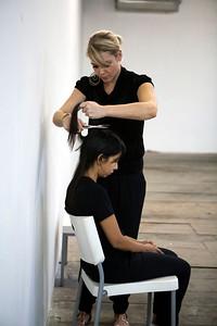 Regina José Galindo en Crisis cabello (2009)