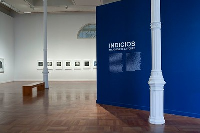 "Installation View of ""Indicios: Milagros de la Torre"" at the Museo de Arte de Lima (MALI)"