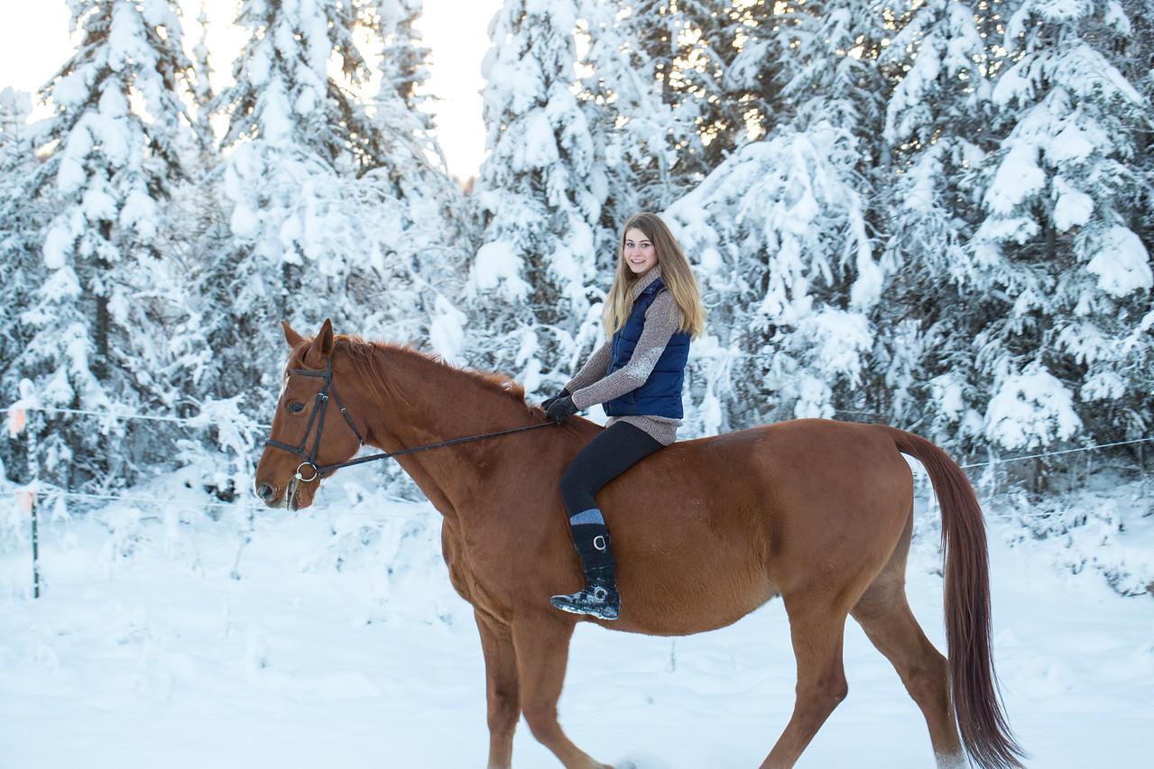 Emma+Clifford_Dec1716_32