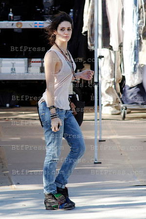 http://73e915w7tgfi6wemmlqelfbt1r.hop.clickbank.net/?tid=2P8NBB3Y Emmy Rossum during the set of YOU'RE NOT YOU,co-Star Josh Duhamel,Hilary Swank,Stephanie Beatriz in Los Angeles,California