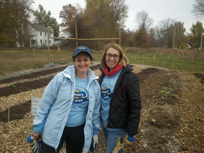 Emory Cares Day: Victoria Gardens