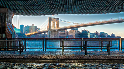 Brooklyn Bridge as only Tai Chi masters know it