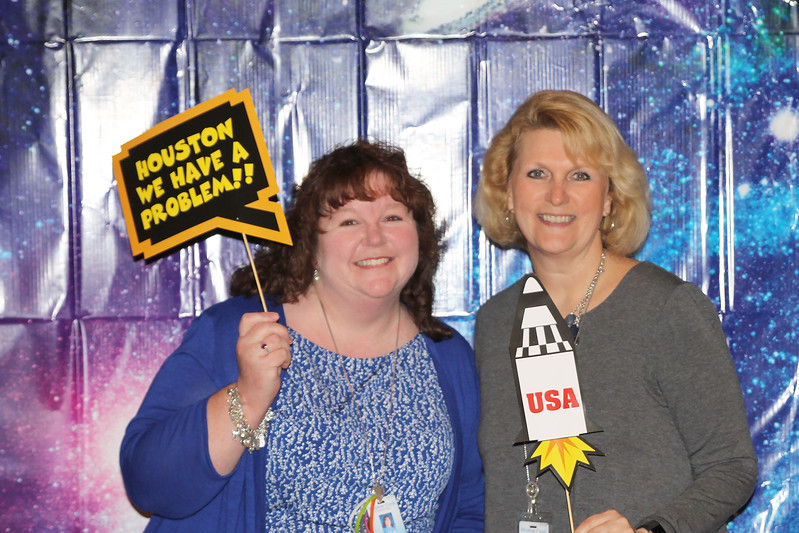 Meadow Creek Elementary Teacher of the Year Trisha Handy with principal Doreen Mengwasser