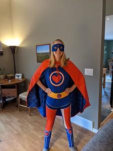 Alex Leitheiser_Emily_Superhero (2)
