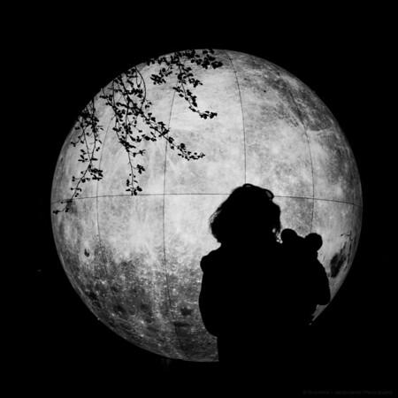Mum, Baby, Moon
