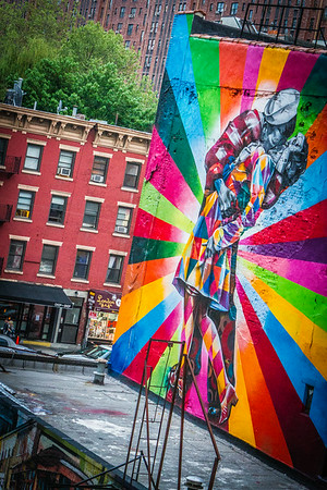 Kiss me in colors! (NYC)