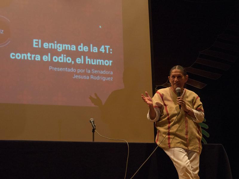 Jesusa Rodríguez, El enigma de la 4T: contra el odio, el humor. Encuentro 2019, CDMX, Mexico. Photo/Foto: Lorie Novak.