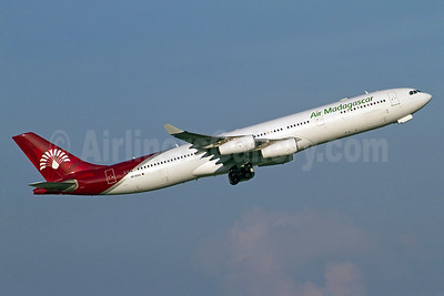 2 Airbus A340-300s to be retired in 2016