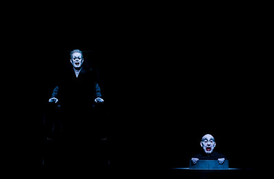 ENDGAME by Samuel Beckett - Directed by Robert Wilson - Berliner Ensemble, 2016