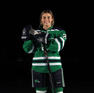 Endicott Women's Ice Hockey Posed Photos 2017-2018