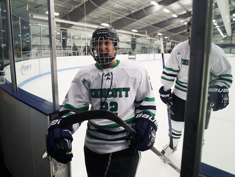Junior Forward Courtney Walpole (22)