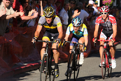 (L-R) Lance Armstrong, Levi Leipheimer and Ben Jacques-Maynes head uphill in Nevada City Ca.