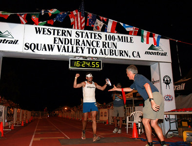 Hal Koerner crosses the finish line winning the 2009 WS100, for the second time in a row.  Koerner won the run in 2007 and the race was canceled in 2008 because of area forest fires.