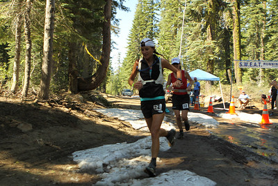2010 WS100 womens winner Tracy Garneau. Garneau finished fourth for the women this year.