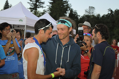 2010 WS100 winner Geoff Roes (R) with Kilian Jornet at the finish