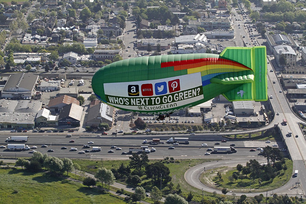 Airship over the East Bay